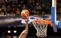 Zwei Basketball Spieler